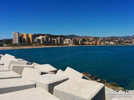 Muros-de-Playa-de-la-Malagueta-Malaga